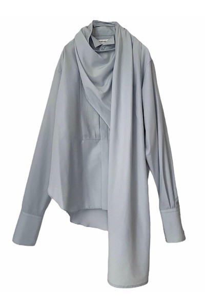 LAYERED SCARF PLEATS BIB SHIRT [LIGHT BLUE]