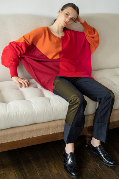 COLOURBLOCK OVERSIZED KNIT TOP [RED and MULTI]
