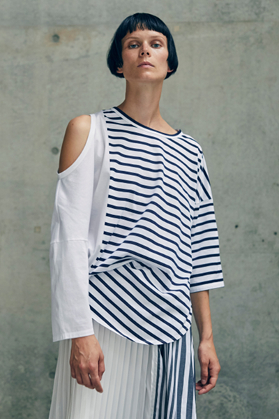 CONVERTIBLE COLD SHOULDER T-SHIRT [WHITE&NAVY]