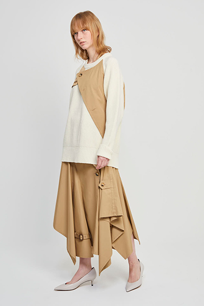 ASYMMETRIC TRENCH SKIRT [BEIGE]